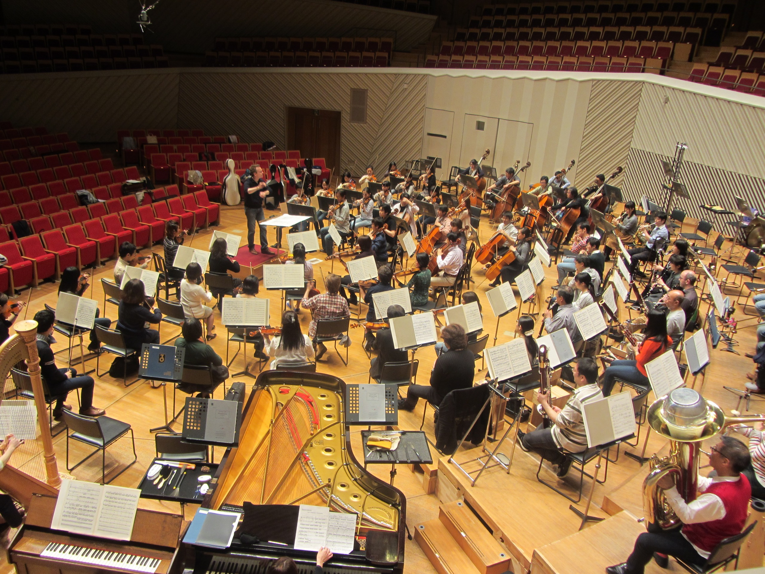 大作「サンフランシスコ・ポリフォニー」では大編成オーケストラが活躍する (提供:東京交響楽団)