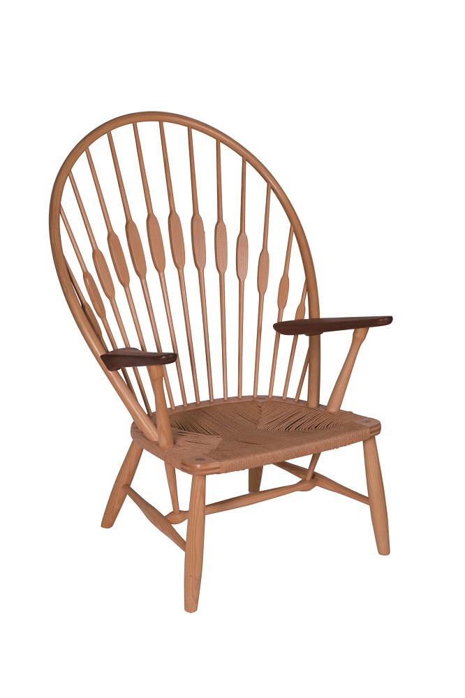 ハンス・ウェグナー 椅子 JH550〈ピーコックチェア〉 1947年 ヨハネス・ハンスン Photo:Michael Whiteway