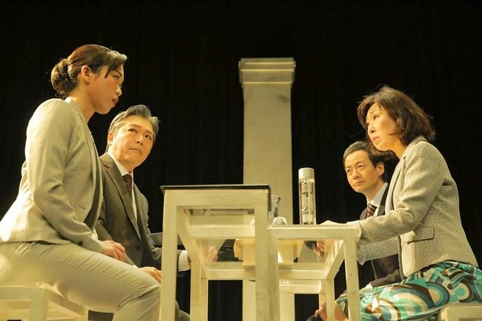 今回再演する第二回公演『THE Negotiation』(2019年)。 [撮影]堀川高志