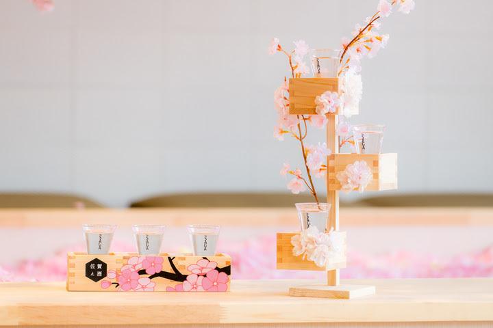 フォトジェニックな「桜枡」で佐賀ん酒を飲み比べ