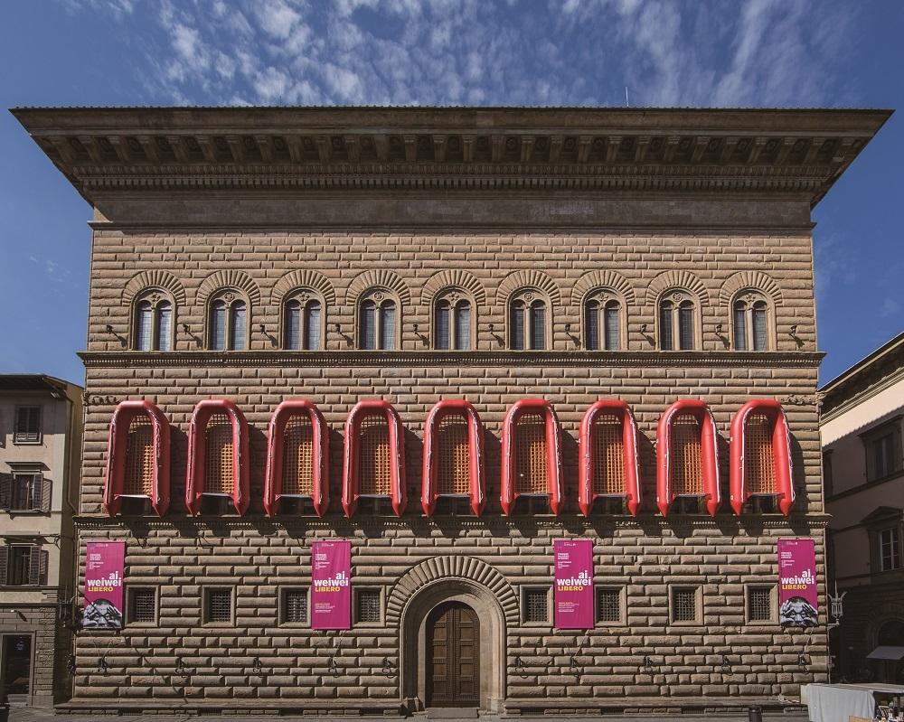 アイ・ウェイウェイ(艾未未)《Reframe》2016 Exhibition view at Palazzo Strozzi, Photo: Alessandro Moggi ©Ai Weiwei Studio