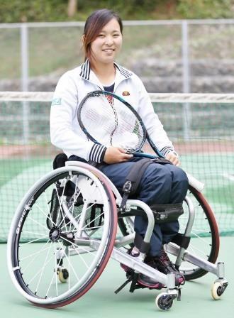 車いす女子テニス国内ランキング3位の大谷桃子