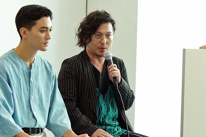 (右)作・演出 西田大輔