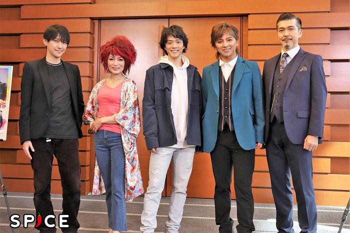 (左から)元吉庸泰、マルシア、林翔太、松岡充、大澄賢也
