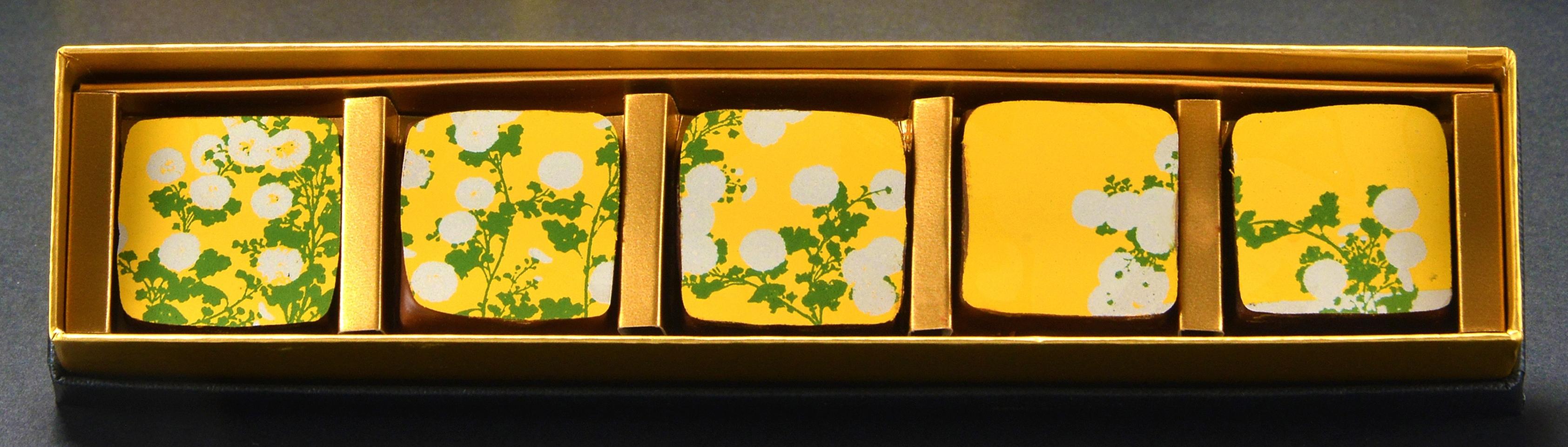 Okada Museum Chocolate 『光琳・菊』2,800 円(税込)