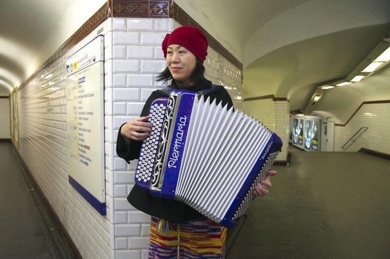 パリの地下鉄にて