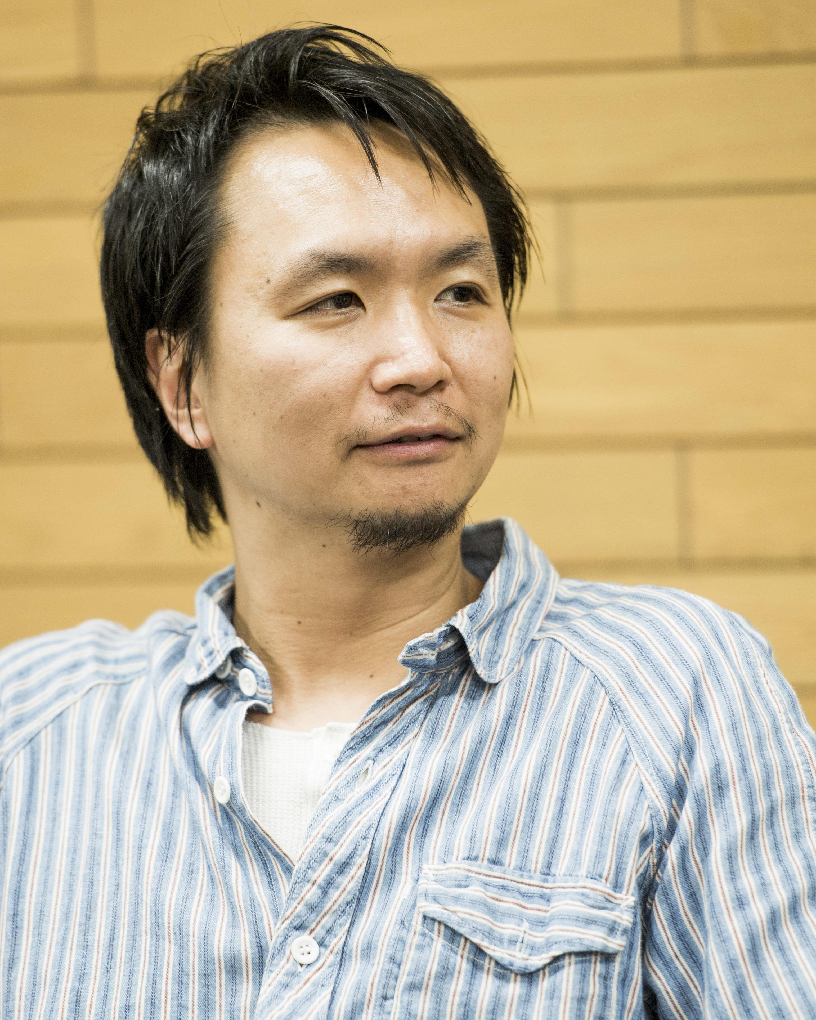 演出家・長塚圭史と夫婦役を演じる田中哲司と原田夏希が緊張感ただよう稽古場で『浮標』を語る