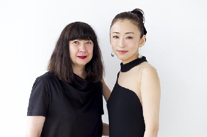 演出家マリー・ブラッサールと松雪泰子が、ネリー・アルカンの作品群に基づく舞台『この熱き私の激情』を語る