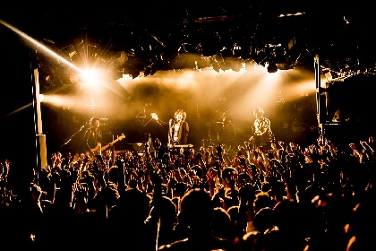 "LAMP IN TERRENがGOOD ON THE REELを迎えたツアー最終公演、彼らがみせた""本当の姿"""