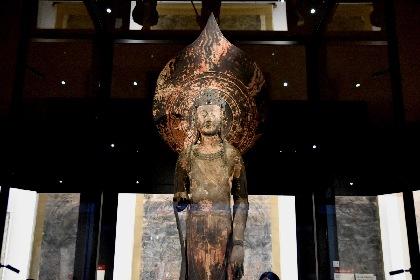 特別展『法隆寺金堂壁画と百済観音』レポート 人々が守り伝えた東洋仏教絵画の傑作に触れる