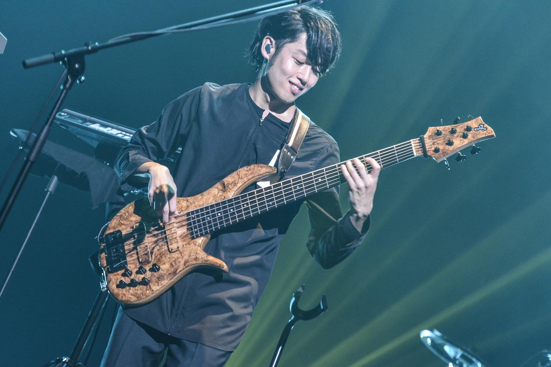 WEAVER Photo by AZUSA TAKADA