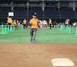 グラウンド体験イベントも! 東京ドームでイースタン巨人vs楽天戦