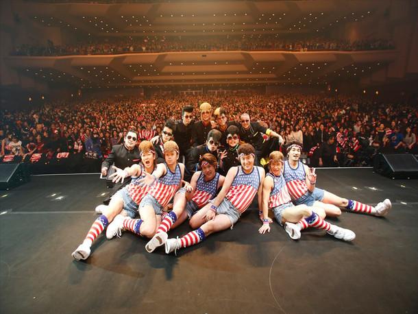 「氣志團結成二十周年記念公演 成人式 ~YOKOHAMA二十才ごえ~」の様子。(c)フジテレビ