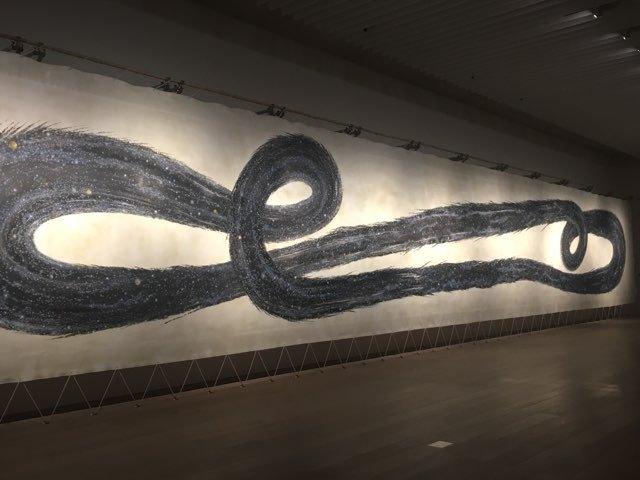 《ふたたび生まれ、ふたたび死ぬ》(部分) 2013年 モスクワ現代美術ビエンナーレのために作られた大作