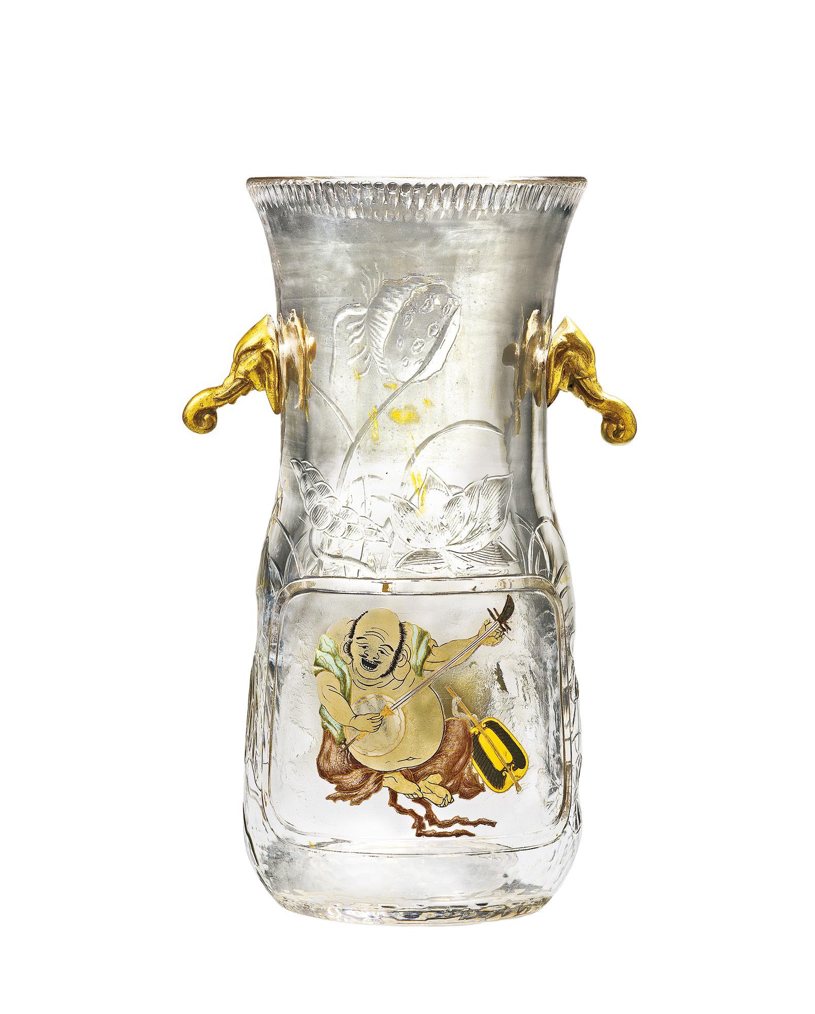 《象の頭の飾付花器》 1883-1885年頃 デザインおよび制作:不詳 販売:パニエ兄弟商会エスカリエ・ド・クリスタル、パリ    デュッセルドルフ美術館蔵    ⒸMuseum Kunstpalast, Düsseldorf, Foto:Studio Fuis-ARTOTHEK