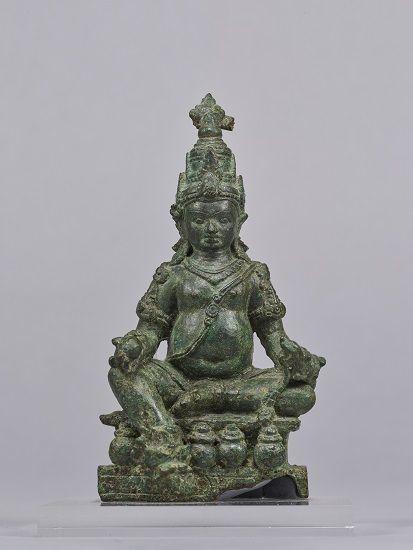 ジャムバラあるいはクベーラ坐像 インドネシア、 中部ジャワ時代・8~9世紀  (展示期間:9月4日~12月25日)