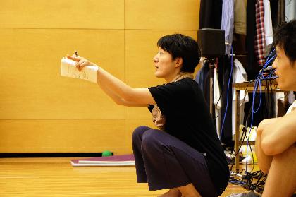 如月小春のCDアルバム『都会の生活』を題材に、ダンサー・森下真樹が宮崎の演劇人たちと創作