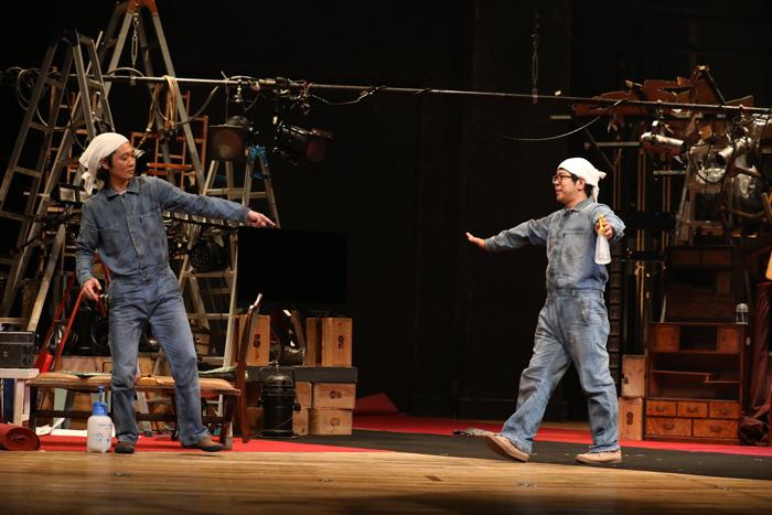 『DISTANCE』川尻恵太(右)と御笠ノ忠次(左) (写真:和田咲子)