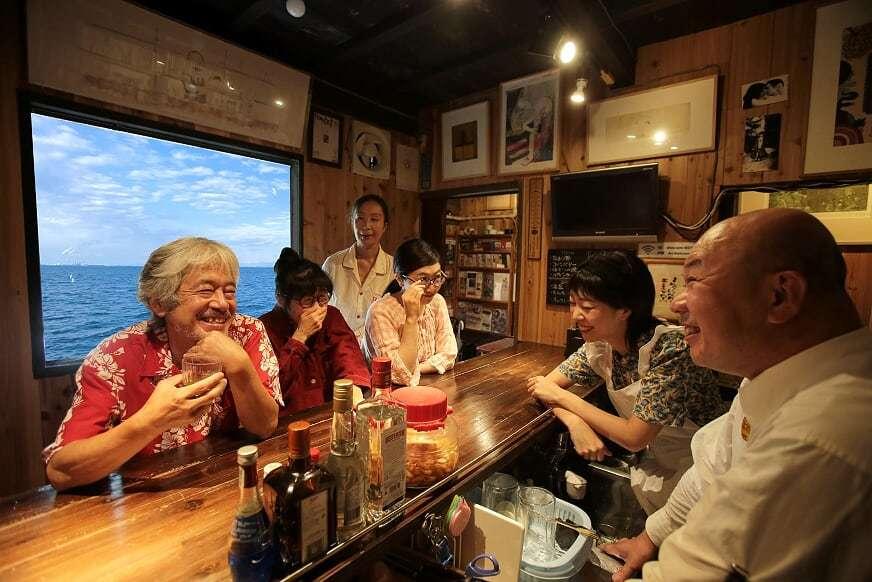 出演者一同。左から・小林正和、ジル豆田、中島由紀子、今枝千恵子、岡本理沙、二宮信也  撮影:柏本勝成