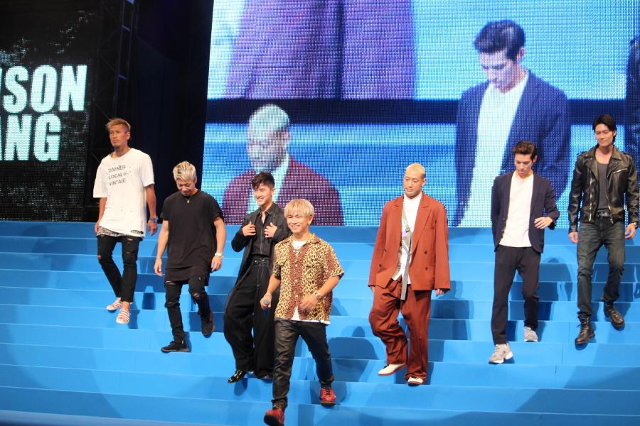 【プリズンギャング】(左から) 城戸康裕、武尊、岩永ジョーイ、NAOTO、関口メンディ―、中谷太郎、JAY NAOTO:初登場で本当に嬉しいんですけれど。