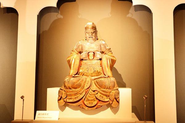 十八羅漢坐像のうち 羅怙羅尊者 范道生作|江戸時代 寛文4 年 京都・萬福寺蔵