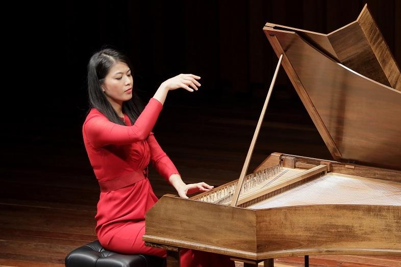 ピアニスト 菊池洋子     (C)飯島隆