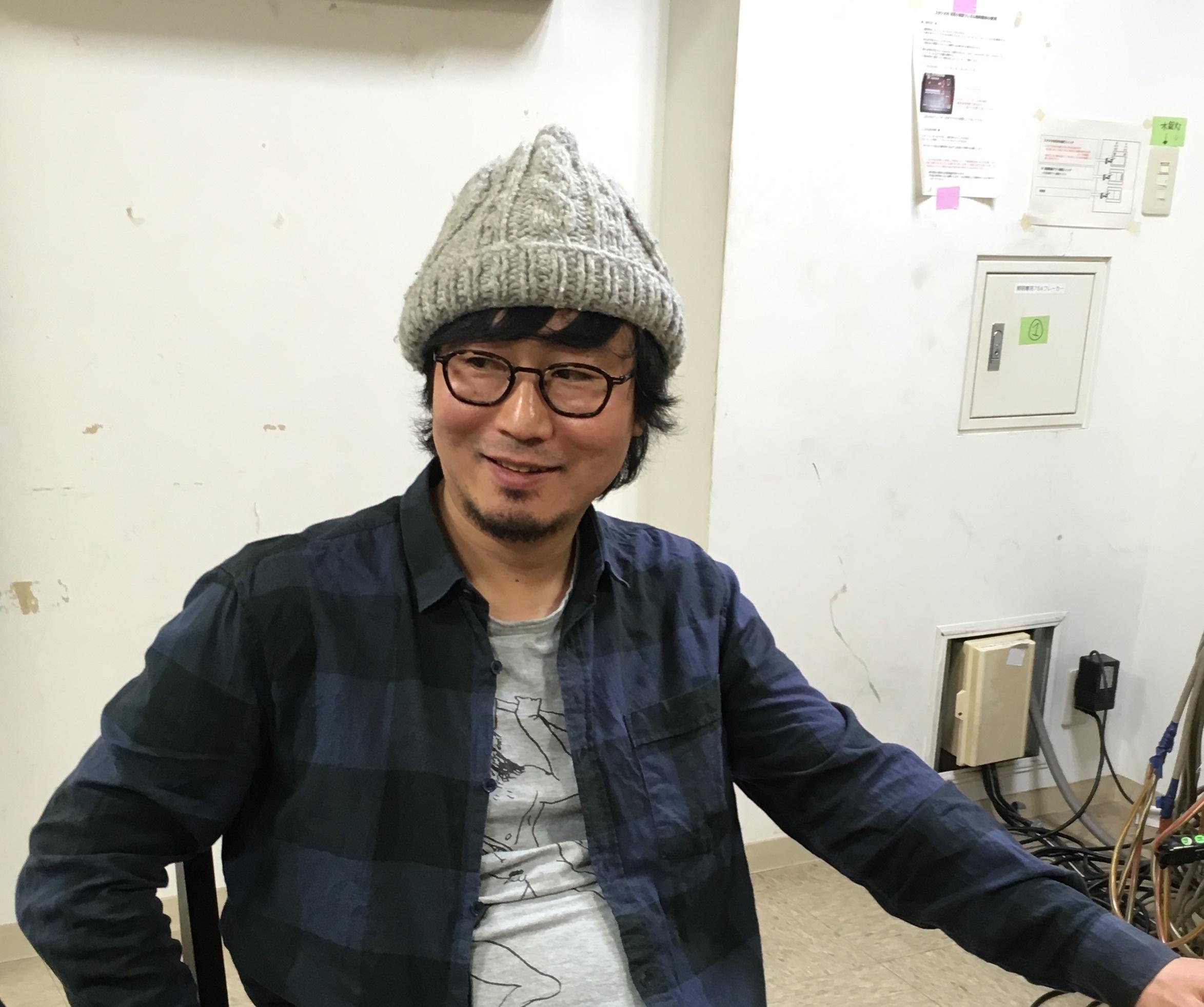『ザ・ダーク』の稽古場。ジョンを演じる中山祐一朗さん。