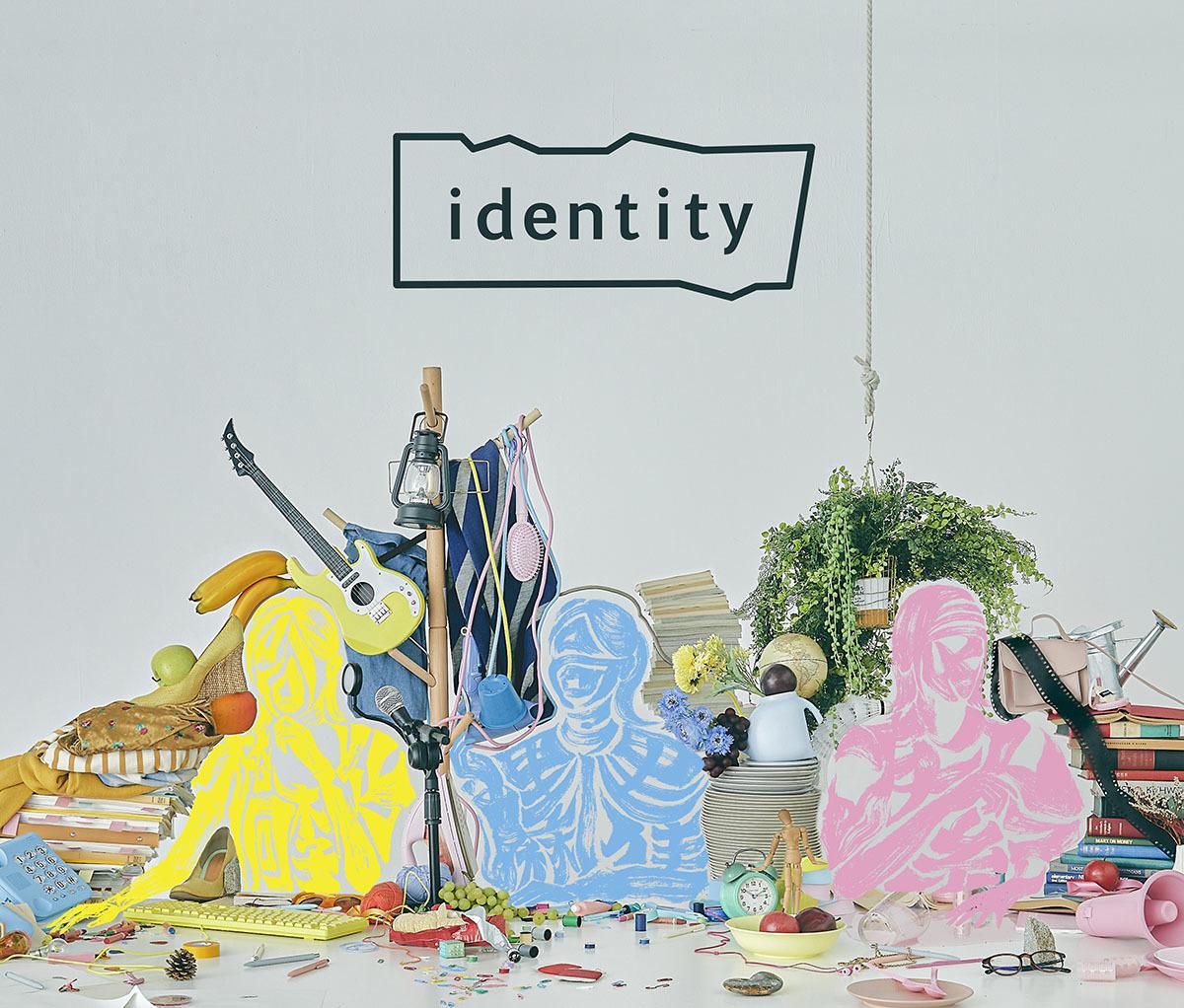 イヤホンズ「identity」Online Show版ジャケット