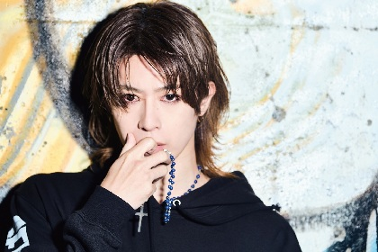 SHIN ソロ4年目で初のシングル「RE:(アールイー)」は元ViViDのイヴとの共作曲