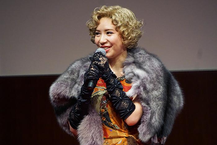 リリー役の河西智美