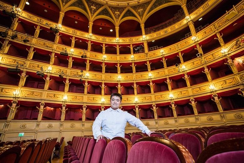 イタリア トリエステのヴェルディ歌劇場にて(2015年)