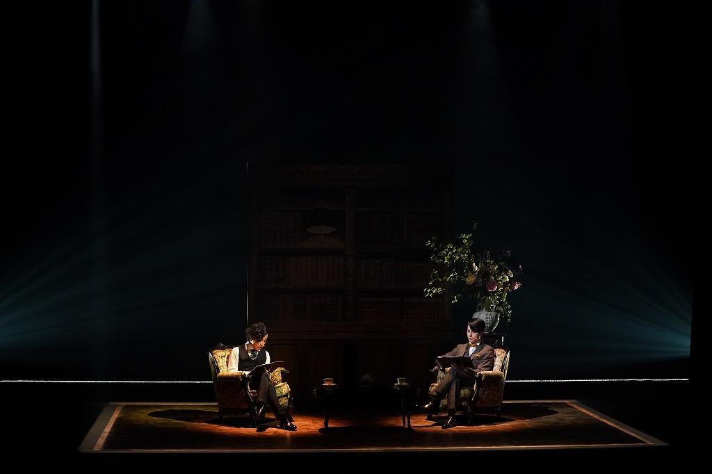 リーディングシアター『緋色の研究』松村龍之介×鈴木勝吾の公演模様 カメラマン:金丸 圭