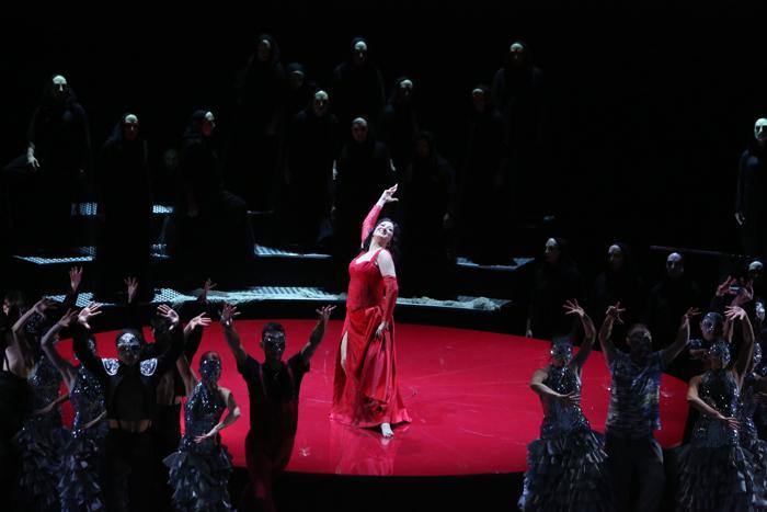 ブルガリア国立歌劇『カルメン』 ©Sofia National Opera & Ballet