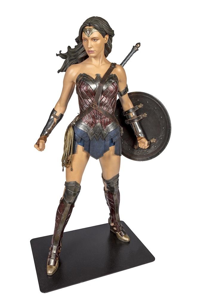 BatmanVSuperman Dawn of Justice 2016 Wonder Woman Costume worn by Gal Gadot TM & (C) DC Comics. (s21)