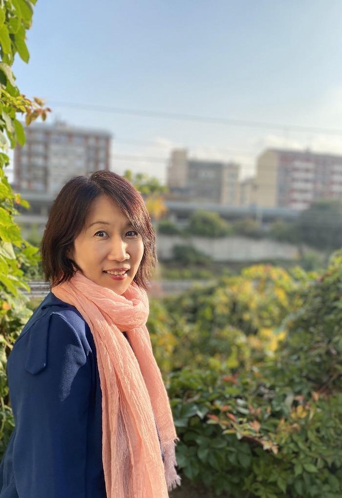黒田亜樹(ミラノ自宅にて息子さんの撮影)