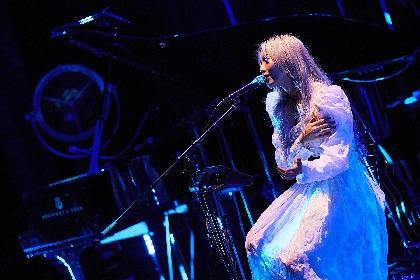 Cö shu Nie 初の無観客配信ライブで作り上げた「絶対的に美しい時間」の音楽たち