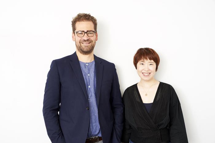 (左から)マックス・ウェブスター、長田育恵