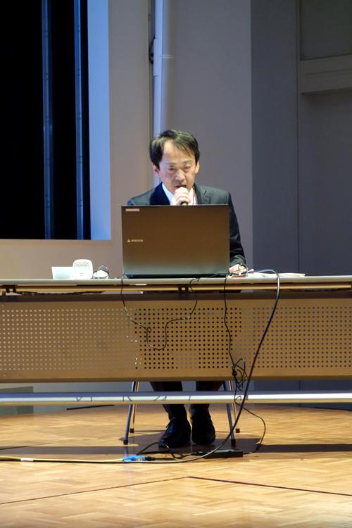 国立新美術館 学芸課企画室長 有木宏二氏