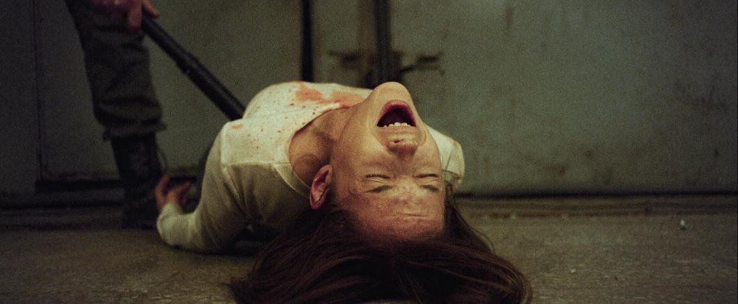 映画『スリープレス・ビューティー 戦慄の美女監禁実験』
