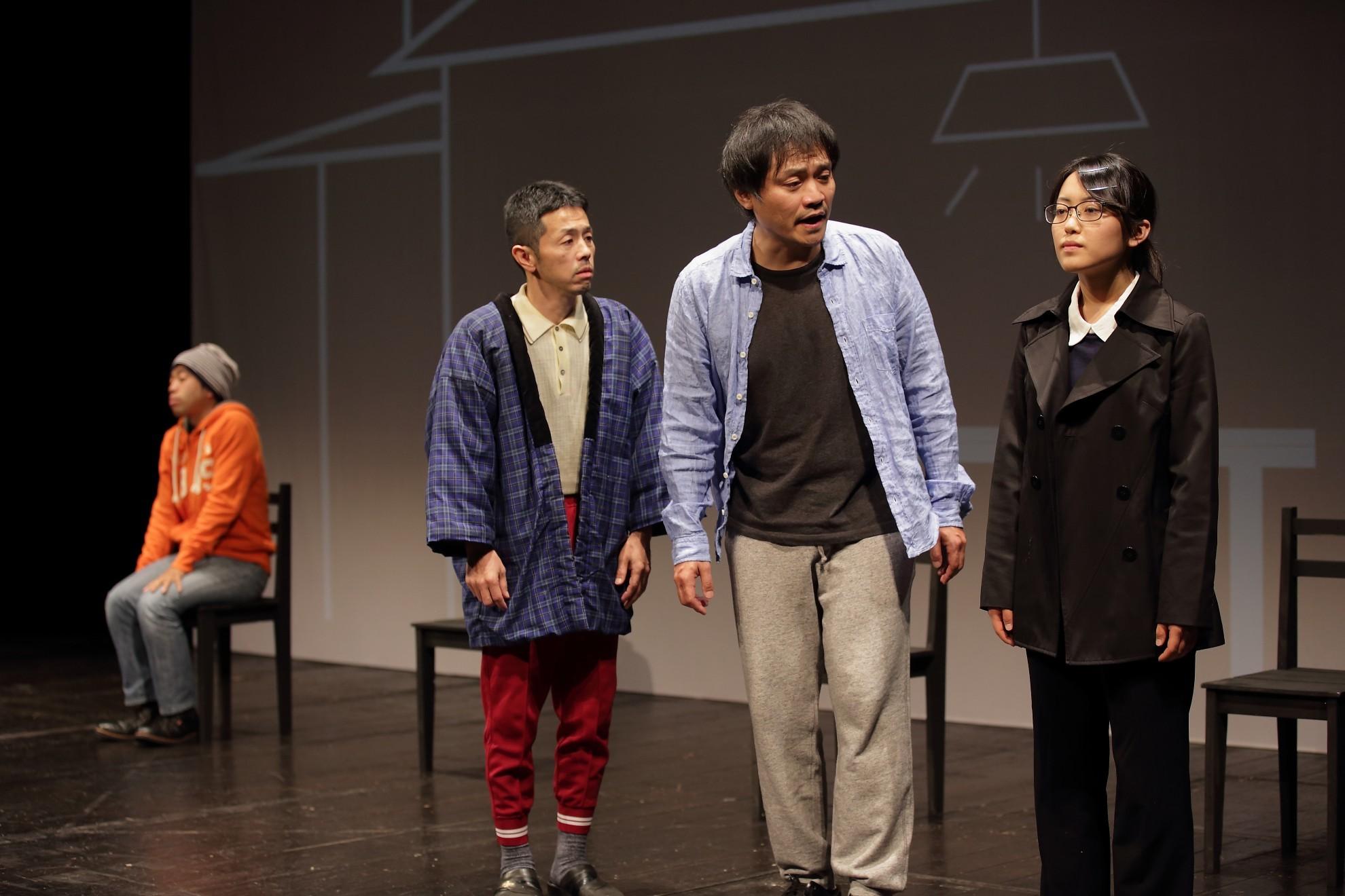 オイスターズ 第17回公演『その妹』(愛知県芸術劇場小ホール、2015年11月)