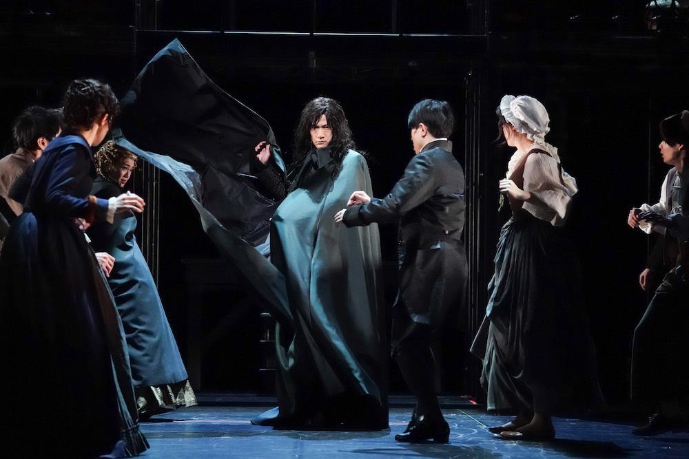 舞台『サンソン-ルイ16世の首を刎ねた男-』オフィシャル舞台写真   撮影:田中亜紀