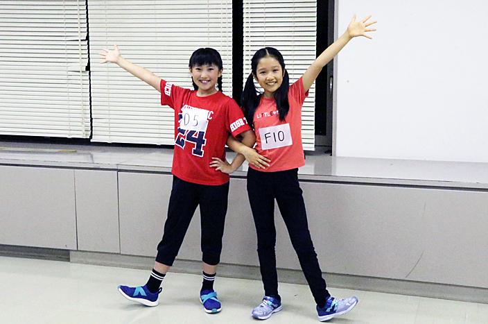 (左から)新アニーの岡 菜々子、山﨑玲奈