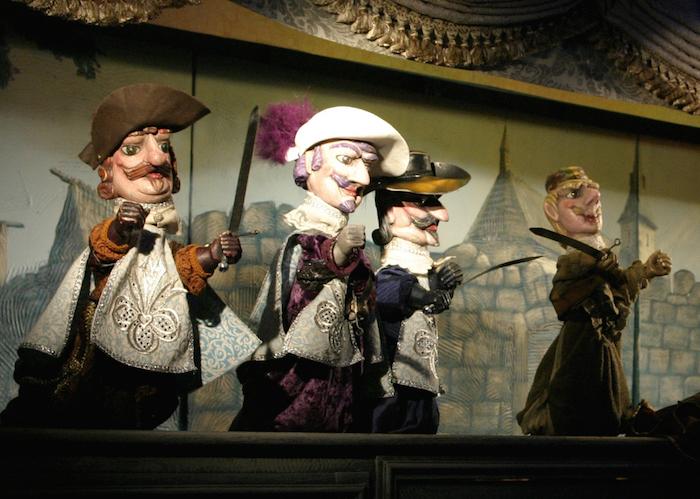 チェコ・アルファ劇場『三銃士』舞台写真