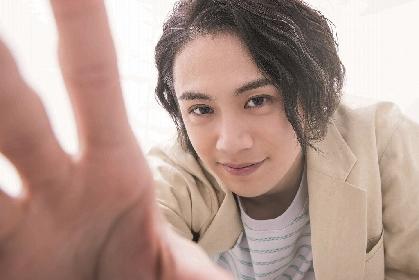MANKAI STAGE『A3!』などで活躍の前川優希、「小説家役」・着ぐるみの「中の人役」などになりきった、カレンダーブックを発売