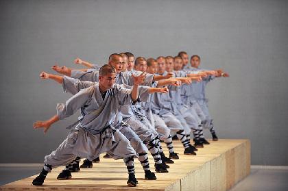 シェルカウイ×少林寺僧侶×ゴームリーの舞台『sutra』、PR大使に森山未來