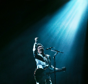 布袋寅泰 松井常松、高橋まこととの31年ぶりの共演の模様も収録した映像作品『GUITARHYTHM Ⅵ TOUR』を5月にリリース決定