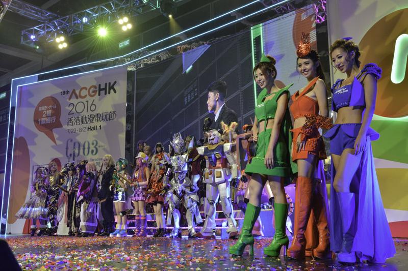 『ACGHK』のステージをコスプレイヤーたちが彩る