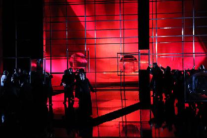 【動画あり】歴史的な名演出による『神々の黄昏』開幕、新国立劇場でワーグナーの「ニーベルングの指環」が遂に完結!