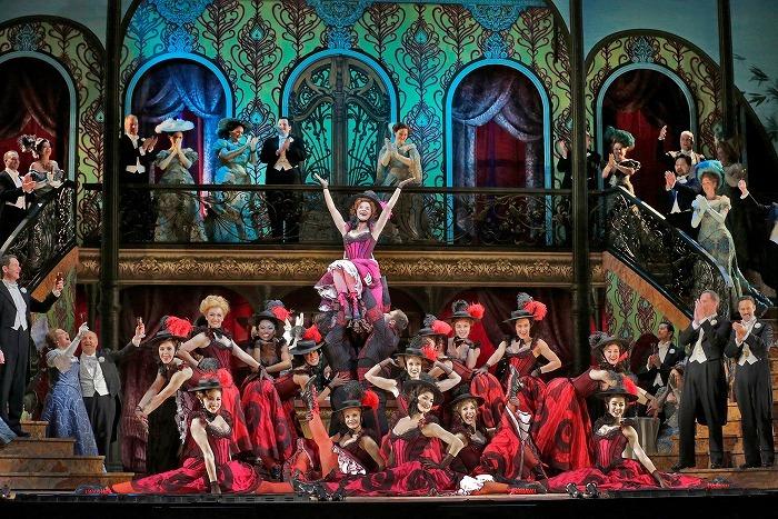 《メリー・ウィドウ》(c)Ken Howard/Metropolitan Opera
