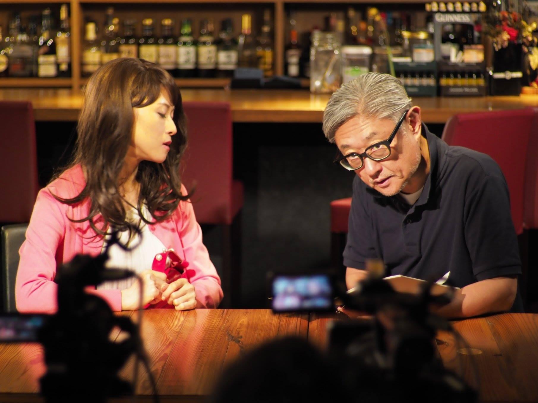 『メルシィ、Wine!』撮影風景。右が堤幸彦監督